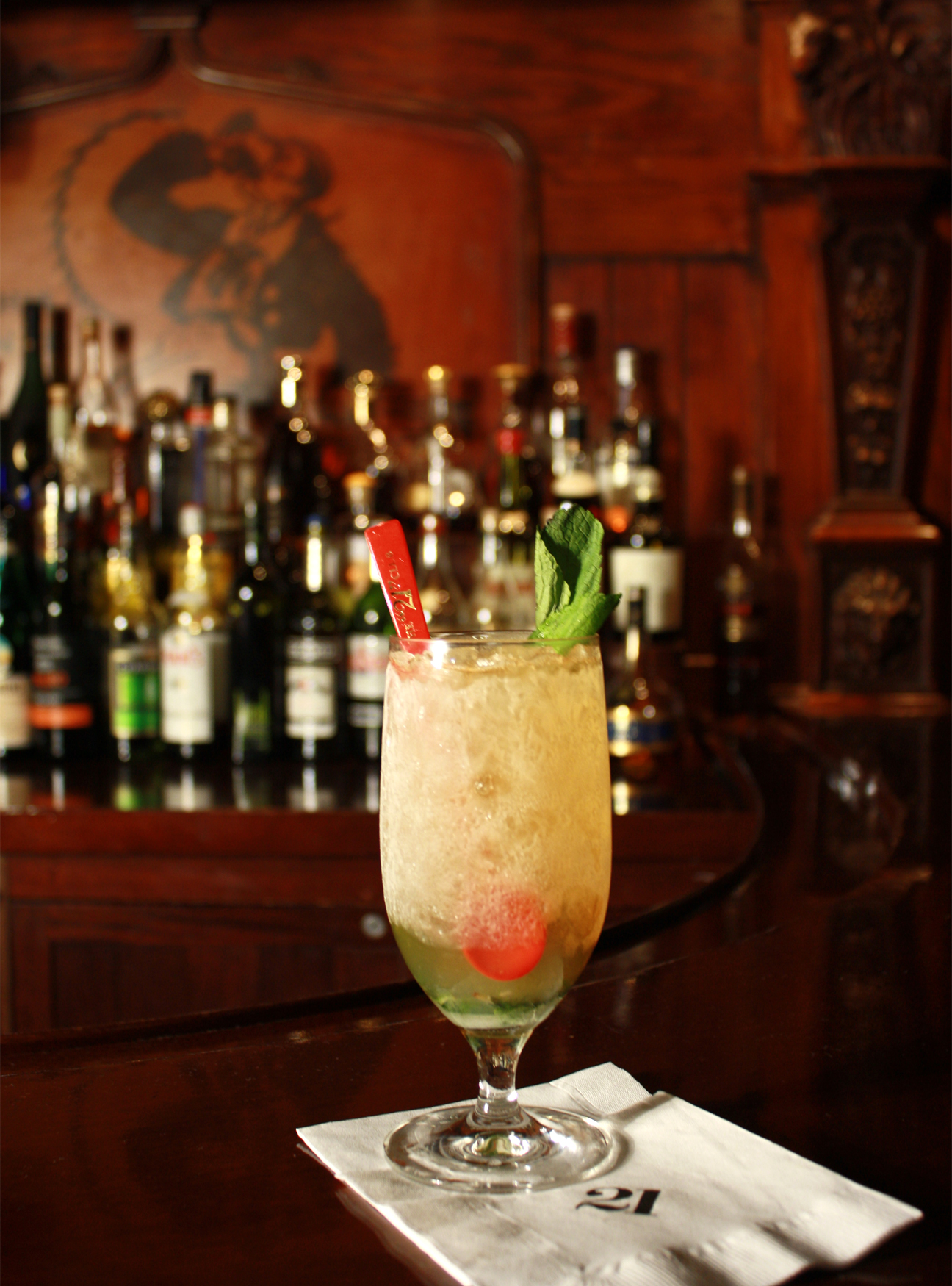 ,coctails, 21 club,, bloody mary, the three tomatoes