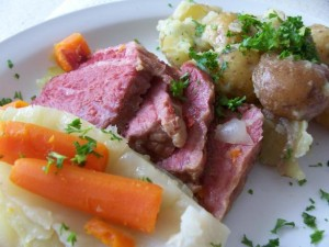 corned beef and cabbage, irish in nyc, the three tomatoes