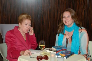 Cocktails and Conversations with Mary and Carol Higgins Clark, mary higgens clark, the three tomatoes