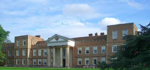 The Vyne — Tales of a Tudor King and a Roman Ring, Deb and Dave White, the three tomatoes