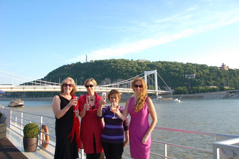 budapest, dinner cruise, the three tomatoes