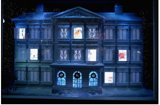 NYC Unveils Its Holiday Windows, L&T, the three tomatoes