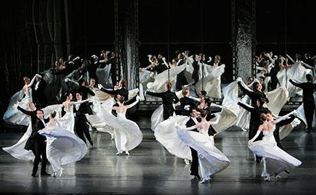 NYC Life: Easter Parade, Career Reboot, Ballet & Opera