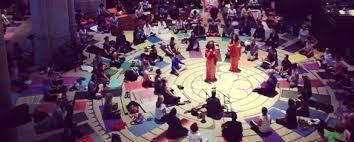 SF LIFE: Half Moon Bay Happenings & Labyrinth Yoga