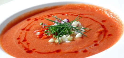 What To Eat In The Heat: It's Goldie's Summer Gazpacho Recipe!