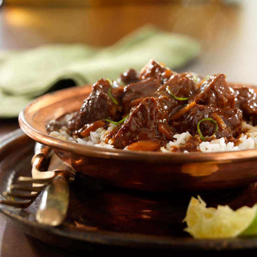 Cider-and-beer-braised_pork_with_chocolate_mole_hr