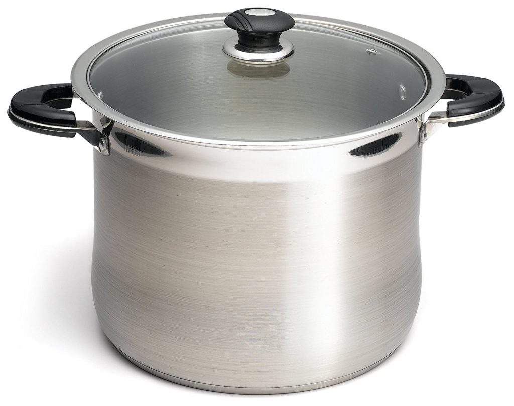 10 Must Have Kitchen Pots and Pans