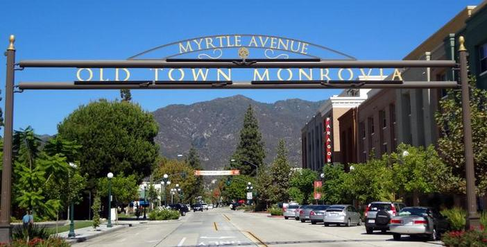 LA LIFE: Monrovia, Halloween Highlights, Plant Sale, Halloween Treats