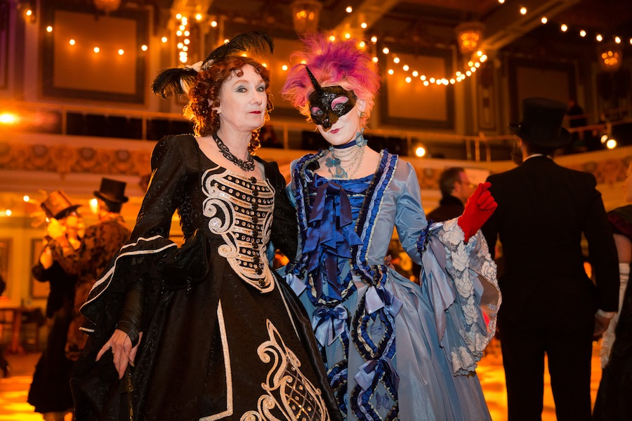 SF LIFE: Edwardian Ball, Napa, Theatre, Art at The Dump