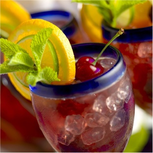 Summer Drinks: Cherry Sangria