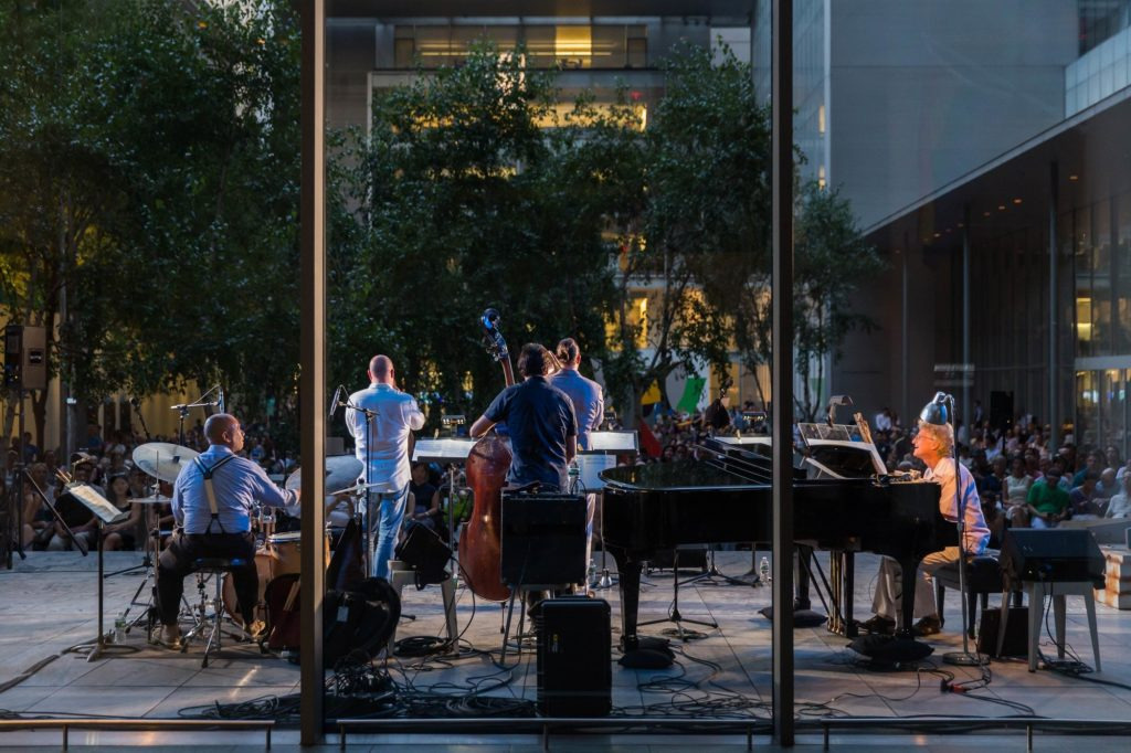 NYC LIFE: Theater, Rooftop Party, Music, and Celebrations