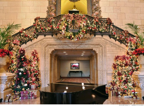 Lend Help, Great Walk, Holiday Party, Divulge, Holiday Tour
