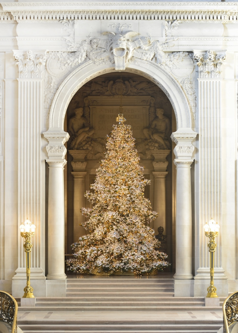 SF LIFE: Tree & Menorah Lightings, Gifting, Art Without Borders