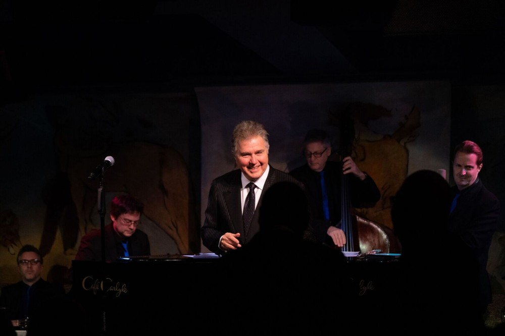 Steve Tyrell in Holiday Style at the Carlyle