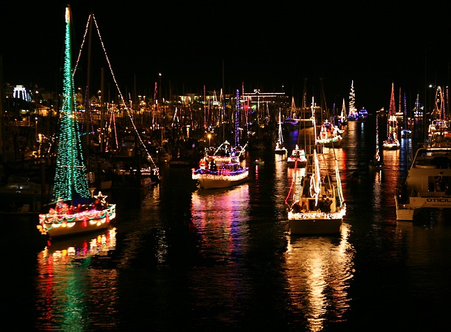 SF LIFE:  Boat Parade, Holiday Hike, Jewelry, Winterwalk, Feedmob