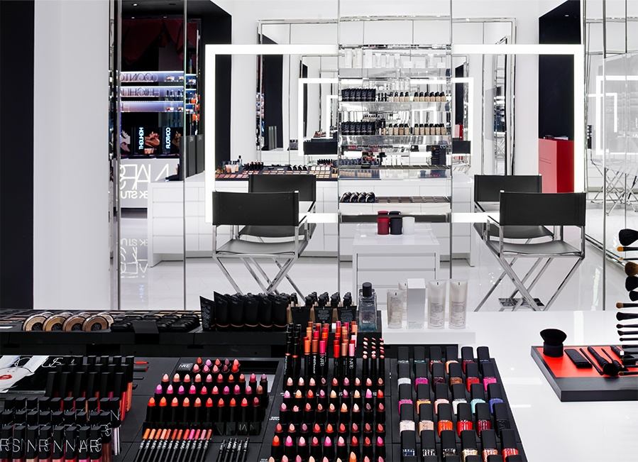 NARS MAKEUP NIGHT EVENT.  The Three Tomatoes Insiders' Club