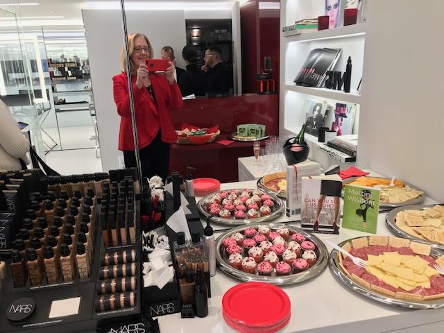 The Perfect Pre-Valentine's Treat: Makeup, Champagne, and Tomato Fun
