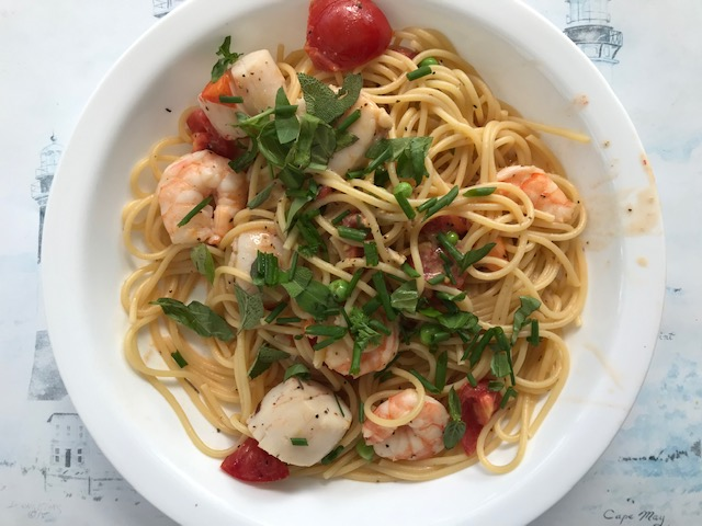 The Head Tomato's Shrimp and Scallop Pasta