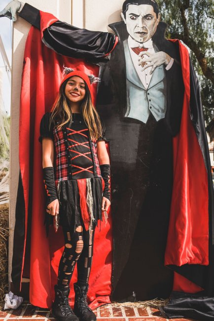 LA LIFE: Best Life and Halloween Fun