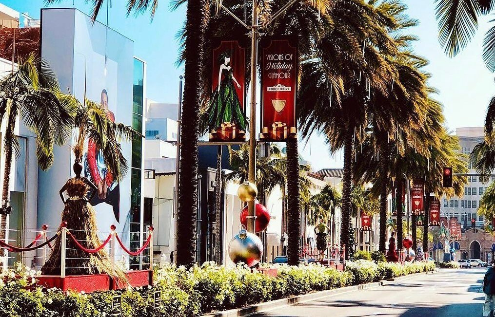 LA LIFE: Holiday Glamour, Vintage LA, Hanukkah, Hand-Crafted Gifts