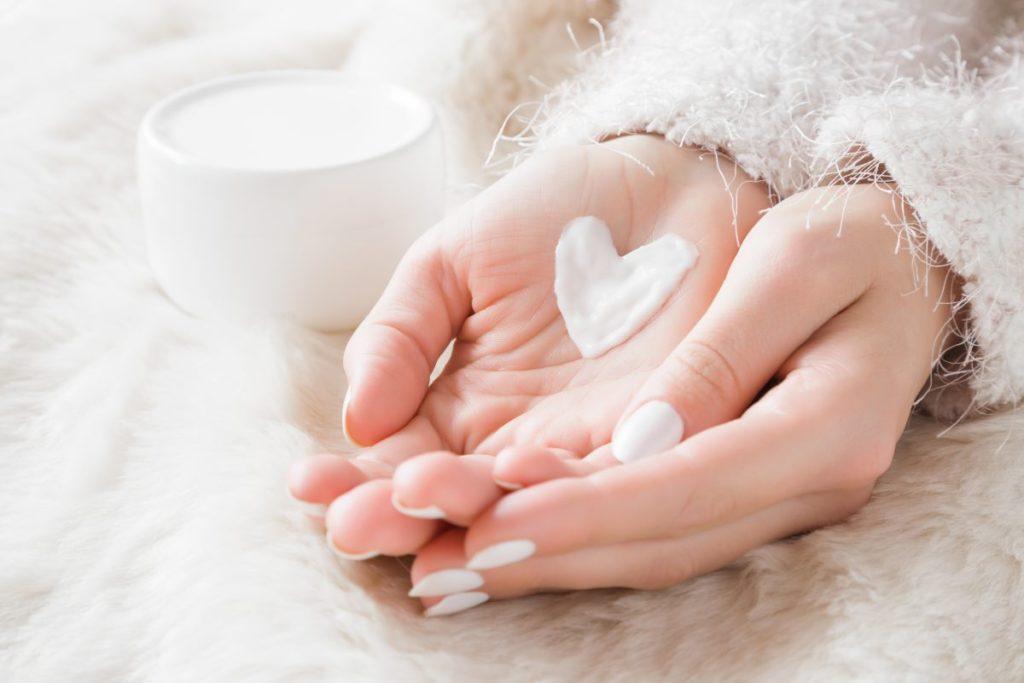8 Winter Skin Care Tips