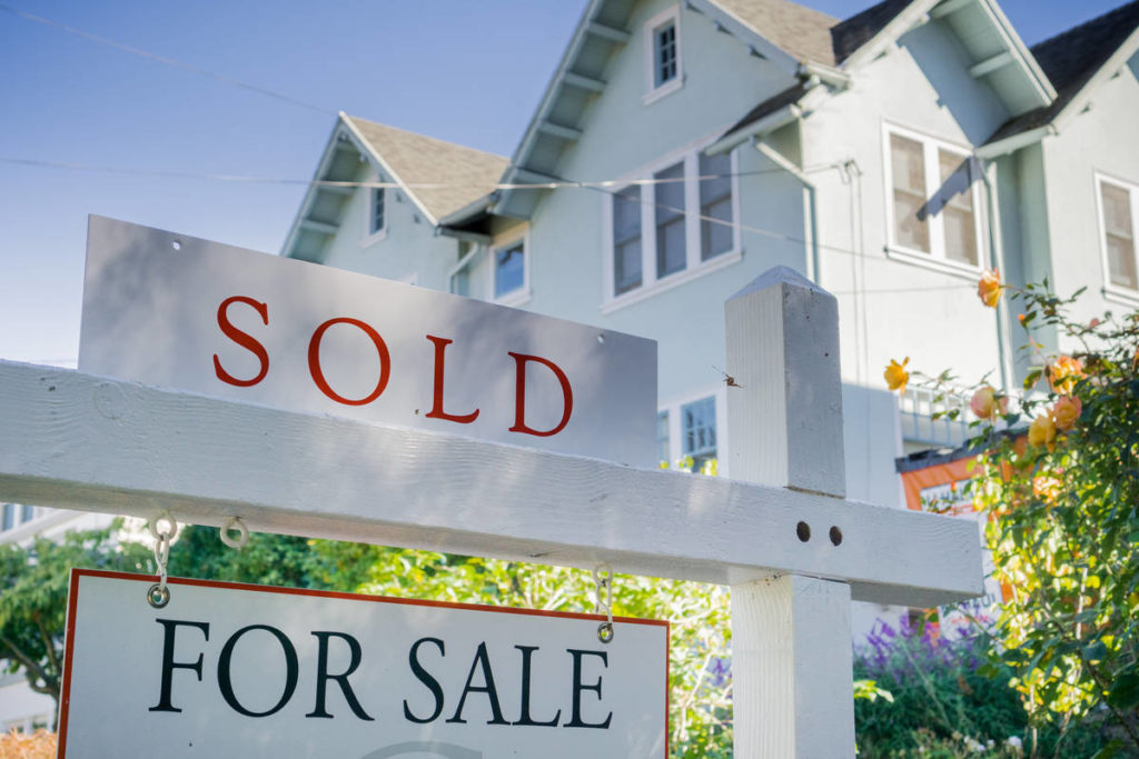 Controlling Your Emotions to Successfully Buy or Sell Real Estate