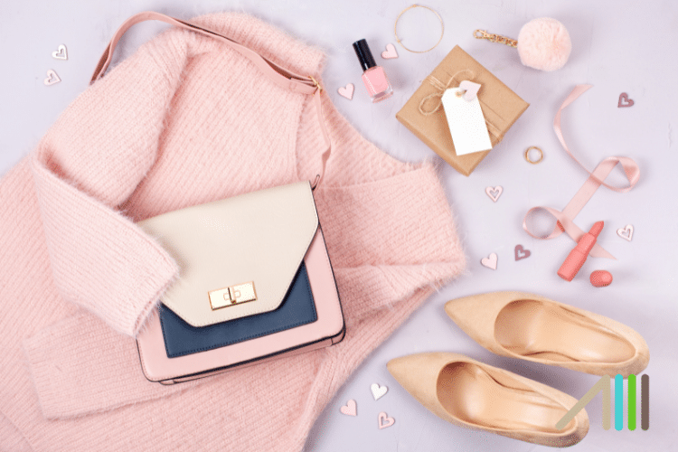How to Sell Clothes, Purses, and Accessories